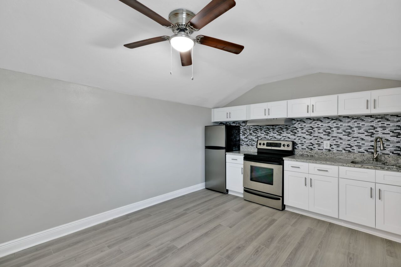 114 W Sligh Ave, Tampa 038